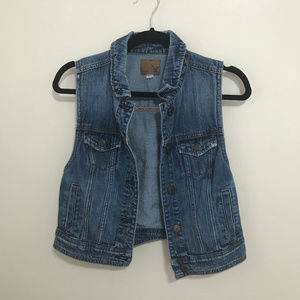 AMERICAN EAGLE denim jean vest AB14